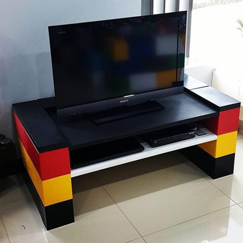 TV stalak