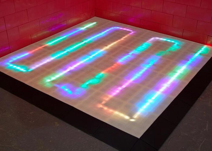 Translucentni podovi s LED rasvjetom