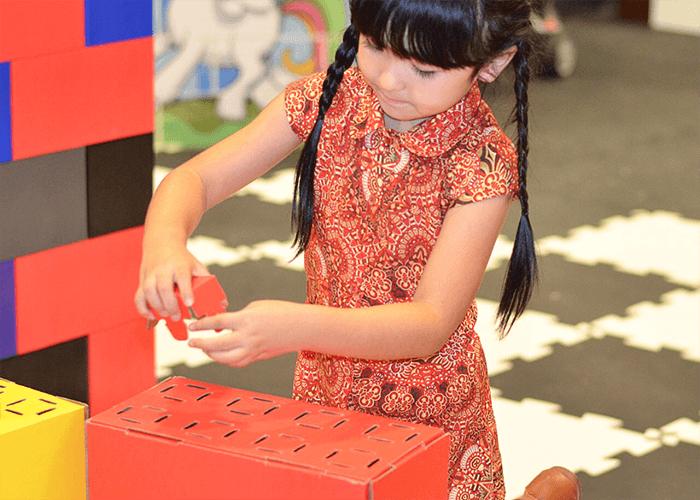 Dječja kreativnost izražena pomoću EverBlock Jr. blokova